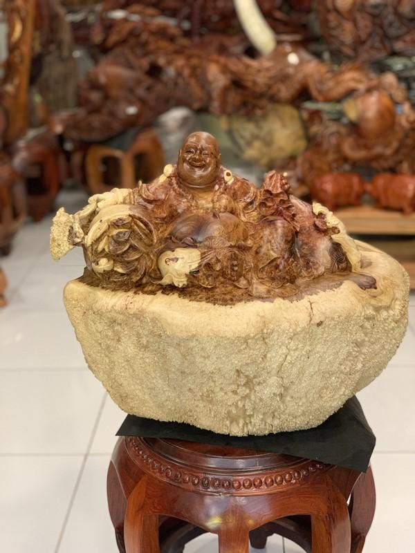 tượng phật di lặc gỗ nu hương