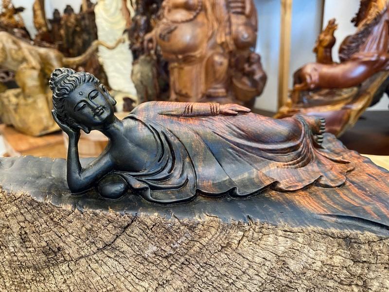 Hình tượng Phật Thích Ca nhập Niết Bàn