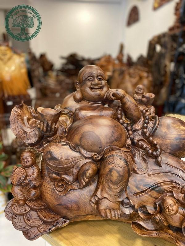 tượng gỗ cẩm lai