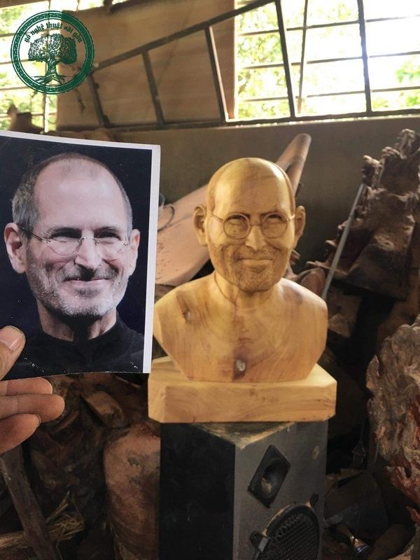tượng chân dung Steve Jobs
