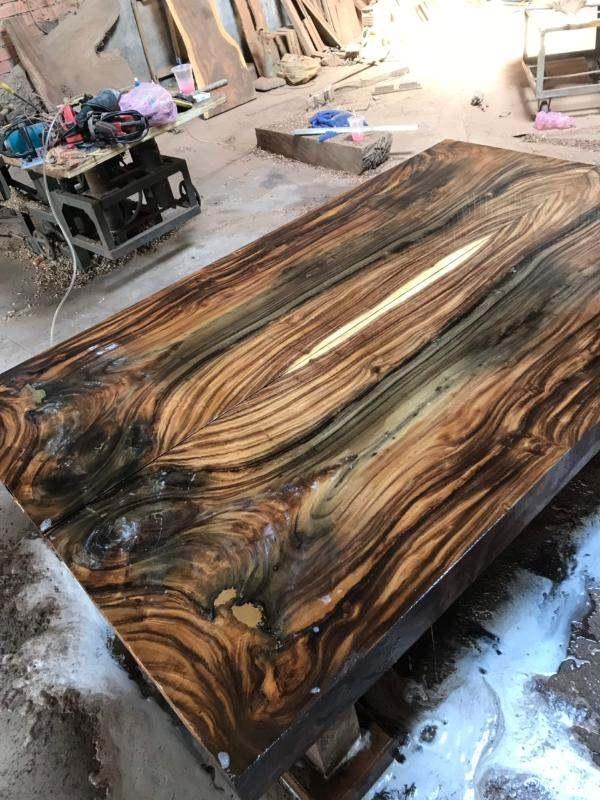 mặt bàn gỗ me tây vân siêu đẹp